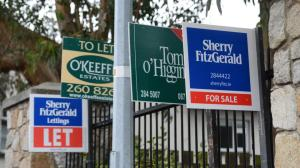 Sell & Let signs